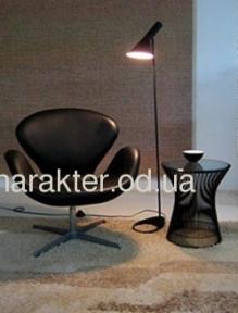 Кресло СВ, мягкое, основание металл, кожзам, цвет черный, белый мдс