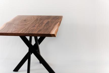 Стіл Out, опори металеві, шпонована стільниця 80*80 см (мки)