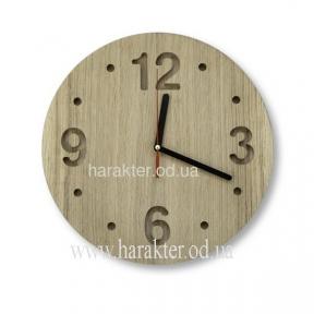 Часы, массив ясеня, фрезеровка,